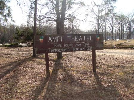 Amphitheater Sign